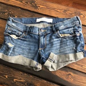 Abercrombie & Fitch Distressed Denim Shorts 2/26